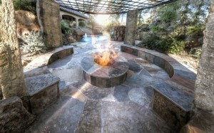 Backyard Patio Ideas With Fire Pit