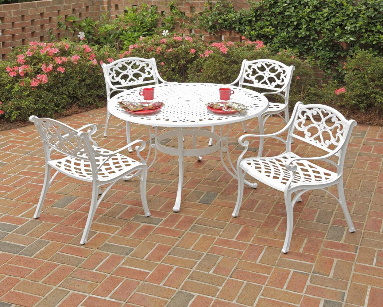 White Aluminum Patio Furniture
