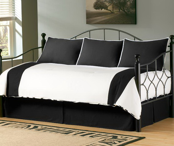 Black And White Daybed Bedding Sets