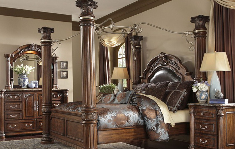 California King Bed Set