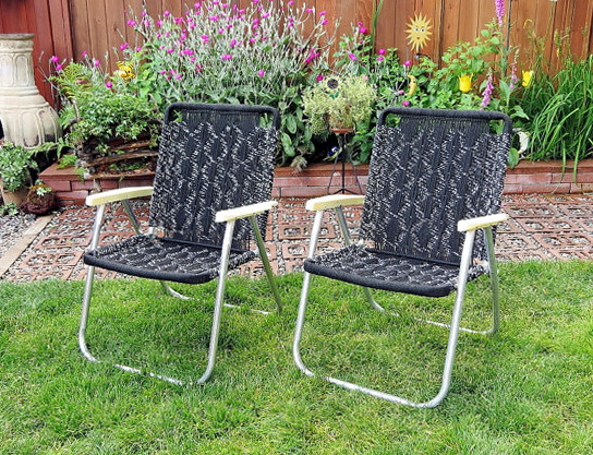 Retro Folding Lawn Chairs