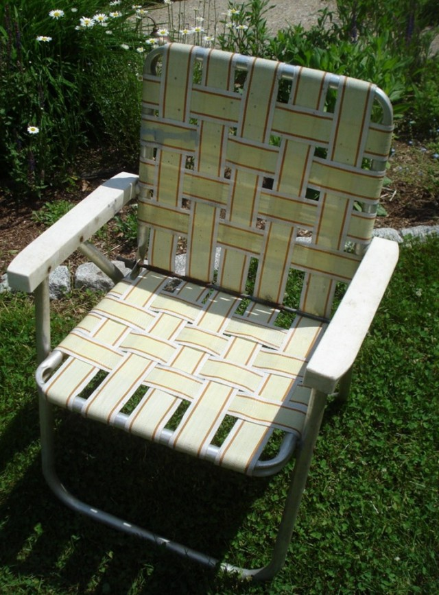 Vintage Folding Lawn Chairs