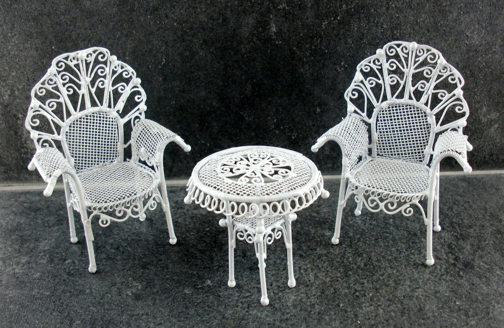 White Iron Patio Furniture