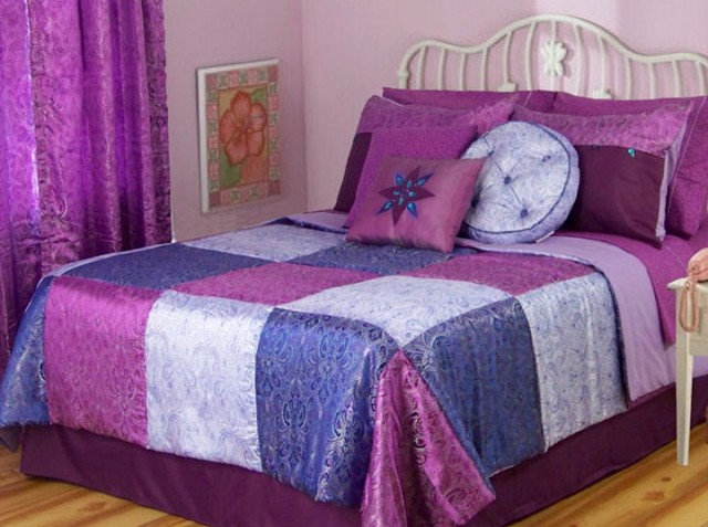 Dorm Room Bedding Ideas