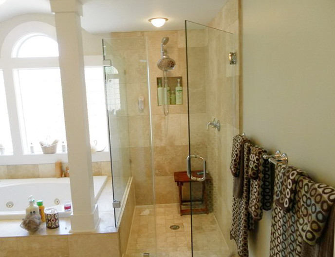 European Frameless Glass Shower Doors