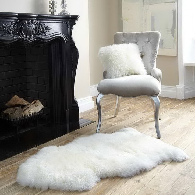 Fluffy White Desk Chair