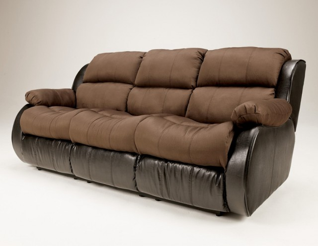 Sleeper Sectional Sofa & Reclining Loveseat