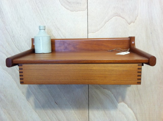 Floating Wall Shelf With Drawer