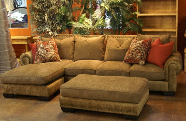 Rustic Sectional Sofas With Chaise