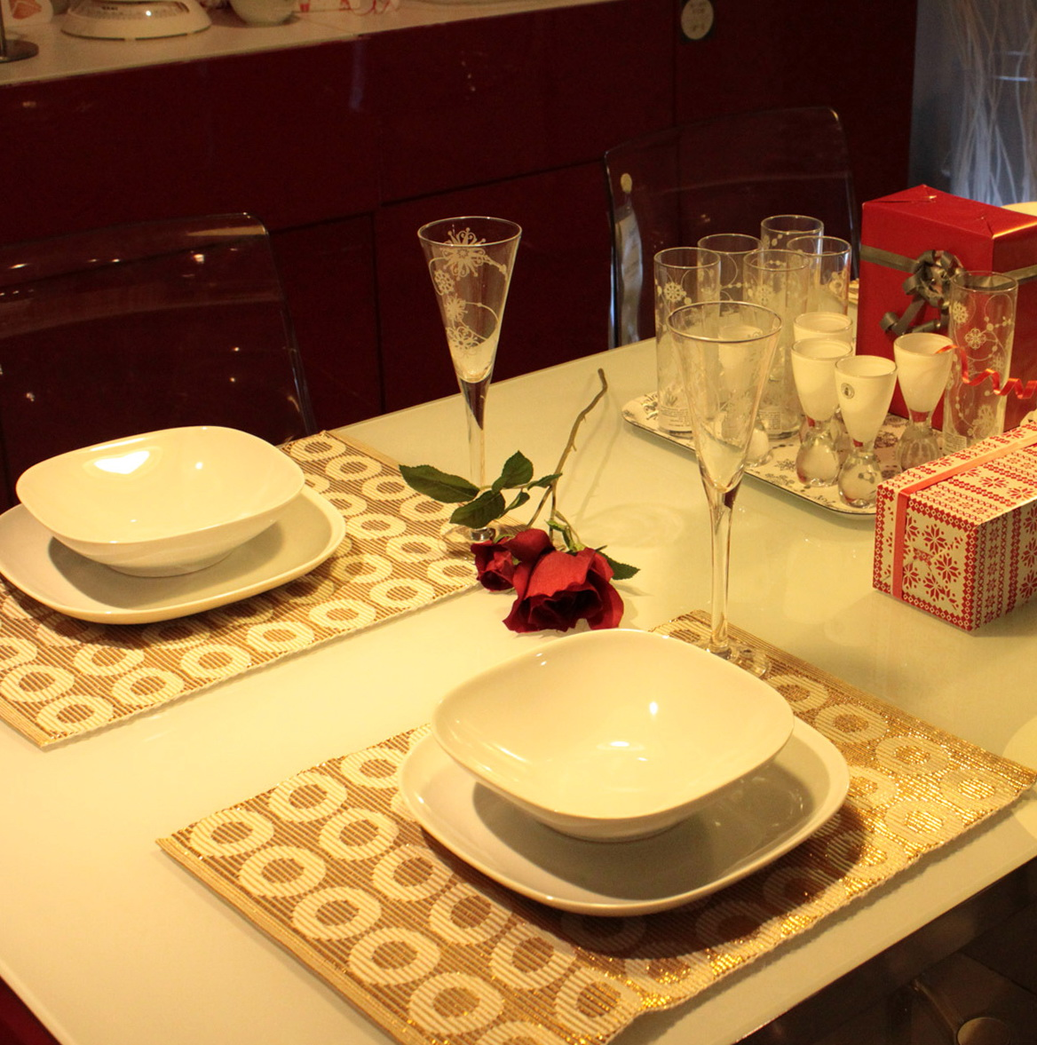 Christmas Table Linens Placemats