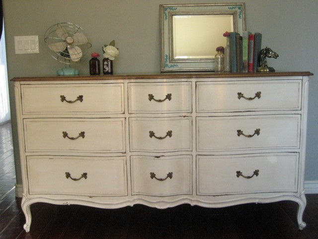 Distressed White Dresser Thomasville