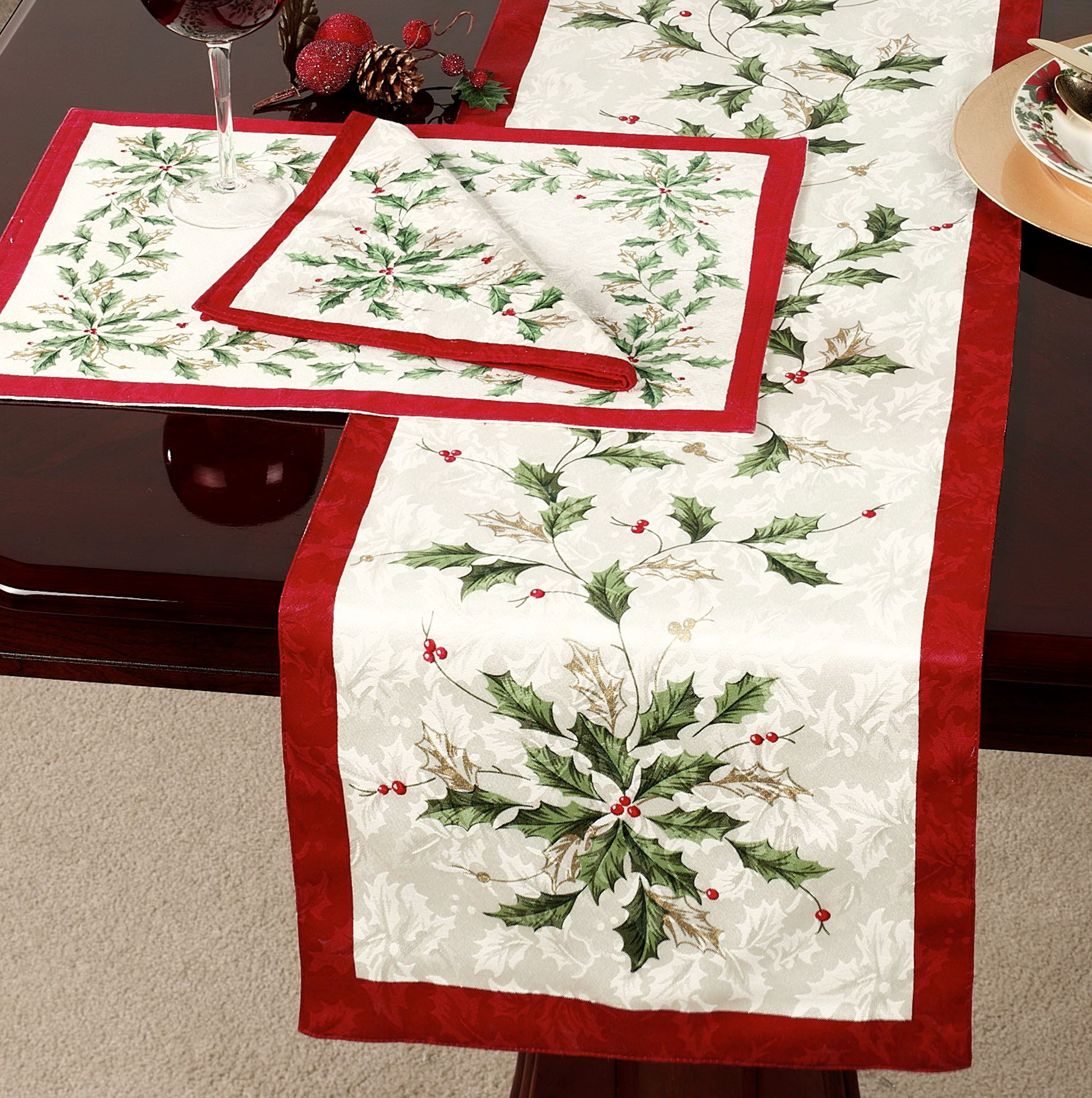 Lenox Christmas Table Linens