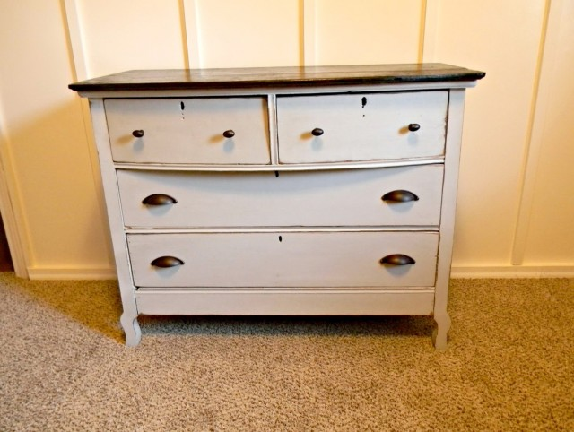 Refinishing A Dresser With Chalk Paint