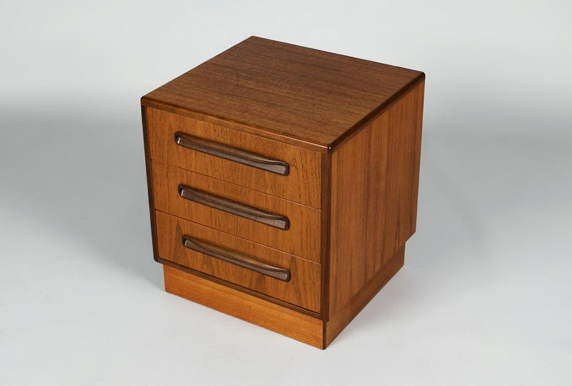 Small Three Drawer Dresser