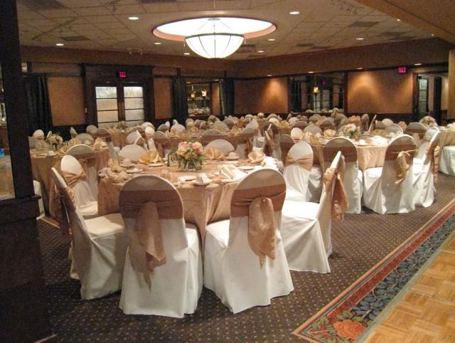 Vintage Wedding Table Linens