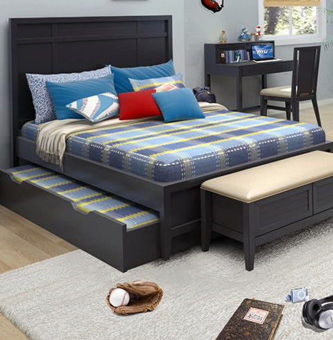 Full Platform Bed With Trundle