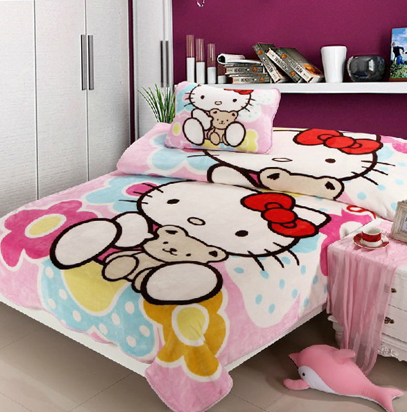 Hello Kitty Queen Bed Sets