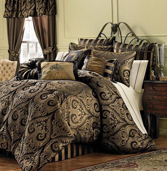 J Queen Bedding Maison
