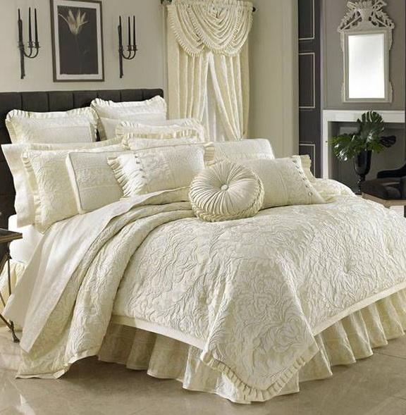 J Queen Bedding Rothschild