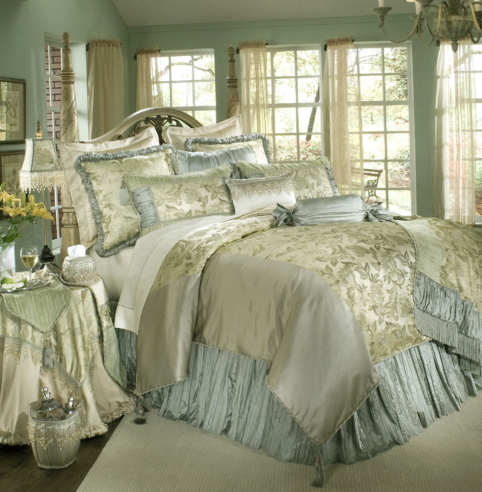 Luxury Bedding Collections French