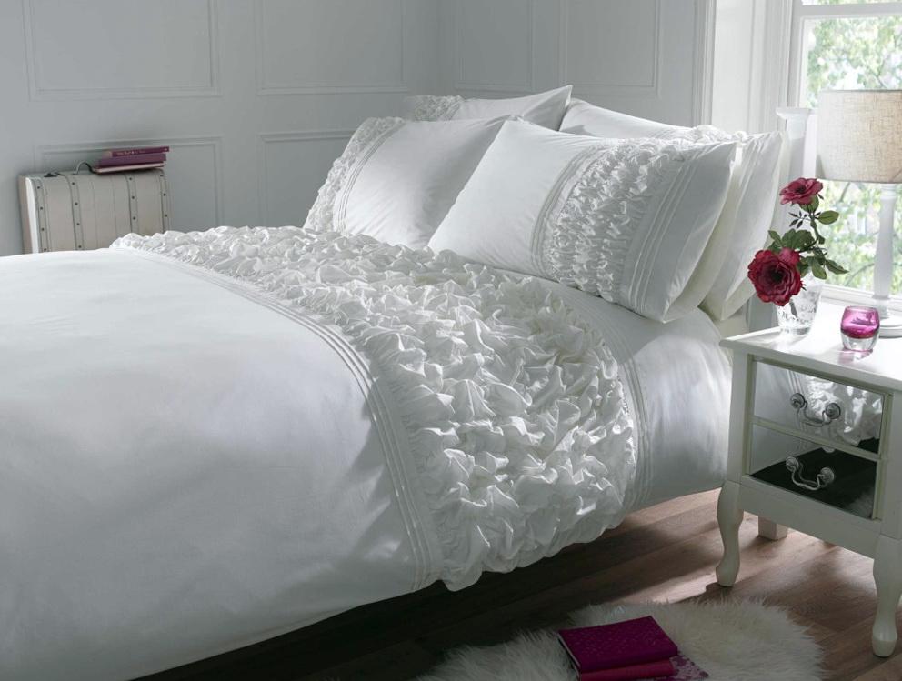 White Ruffle Bedding Uk
