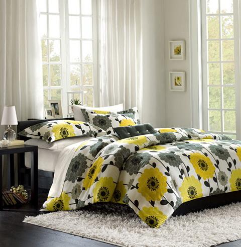 Yellow And Gray Bedding Set