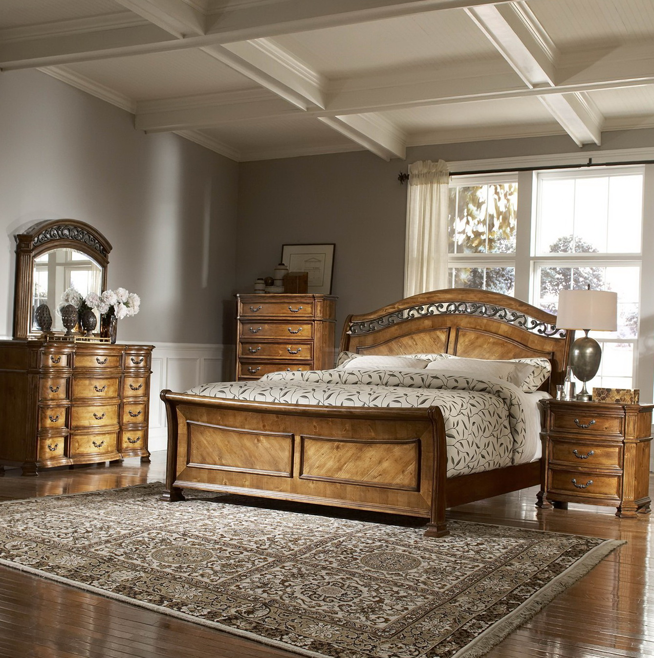 Antique Pine Bedroom Furniture