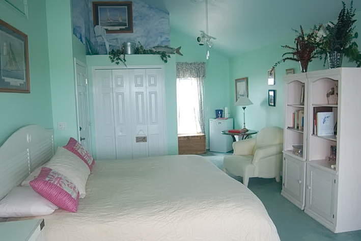 Beach Themed Bedrooms For Adults