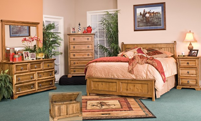 Cream And Pine Bedroom Furniture