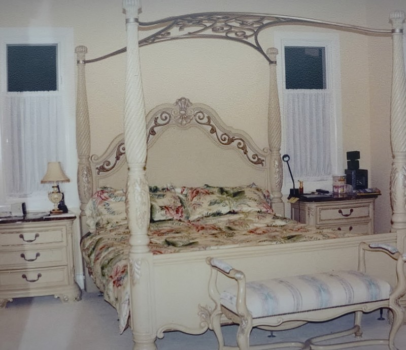 King Size Bedroom Sets With Marble Tops