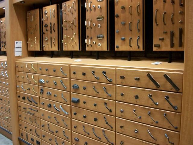 Kitchen Cabinet Hardware Knobs