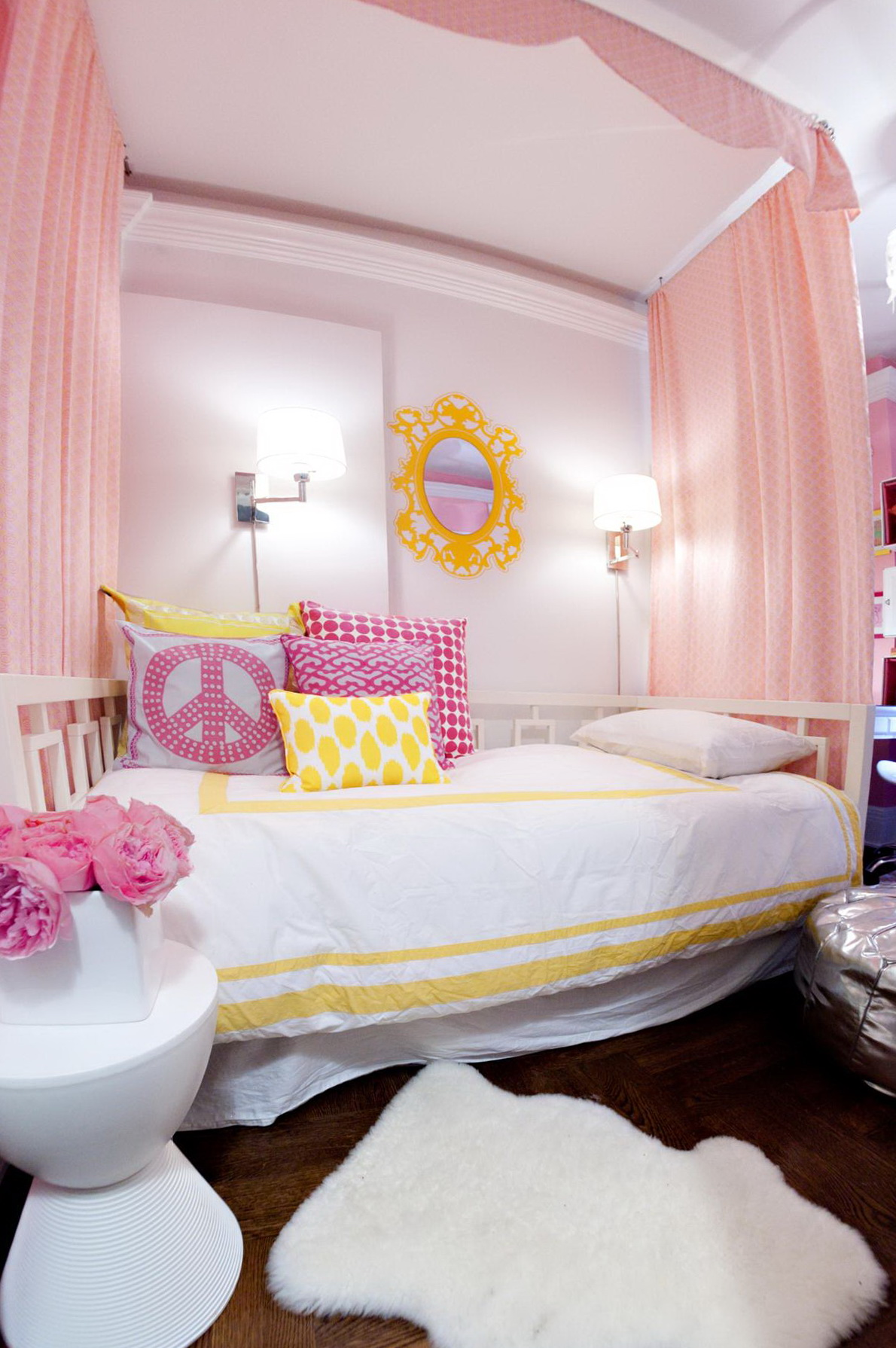 Little Girls Bedroom Ideas For Small Rooms