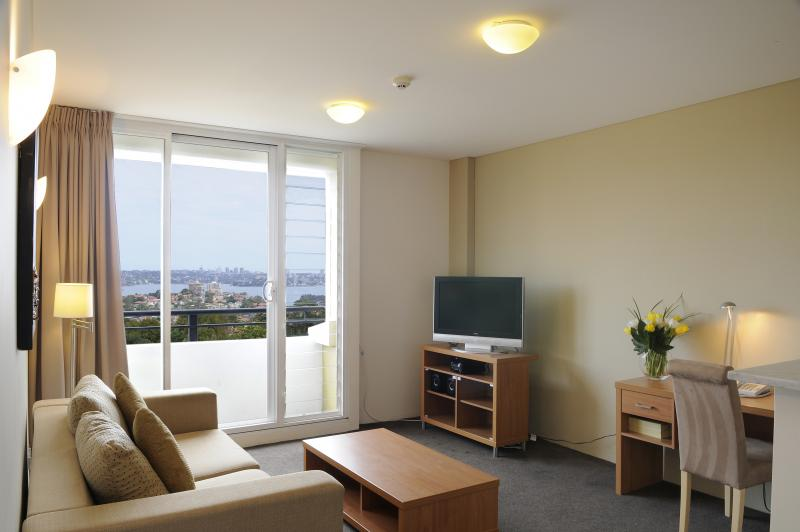 One Bedroom Apartment Astoria