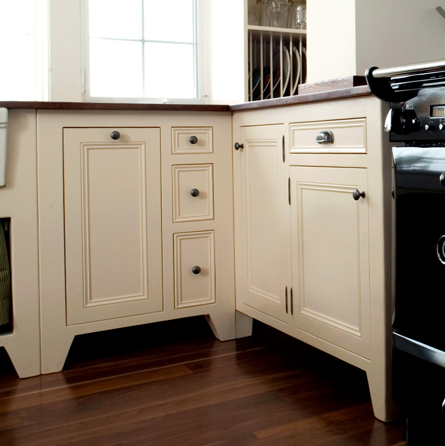 Amish Free Standing Kitchen Cabinets
