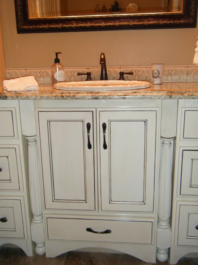 Antique White Cabinets With Black Glaze