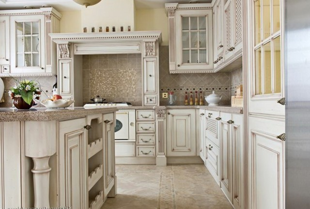 Antique White Kitchen Cabinets With Glaze