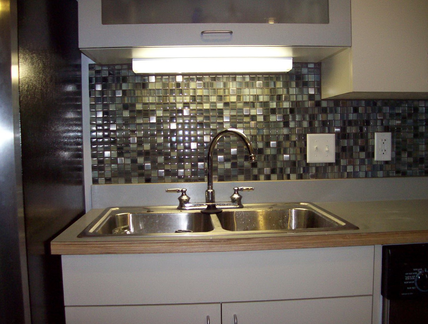 Backsplash Ideas For Kitchen Glass Tiles