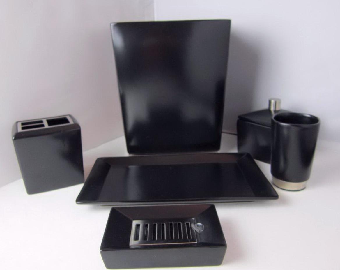 Bathroom Accessories Set Black