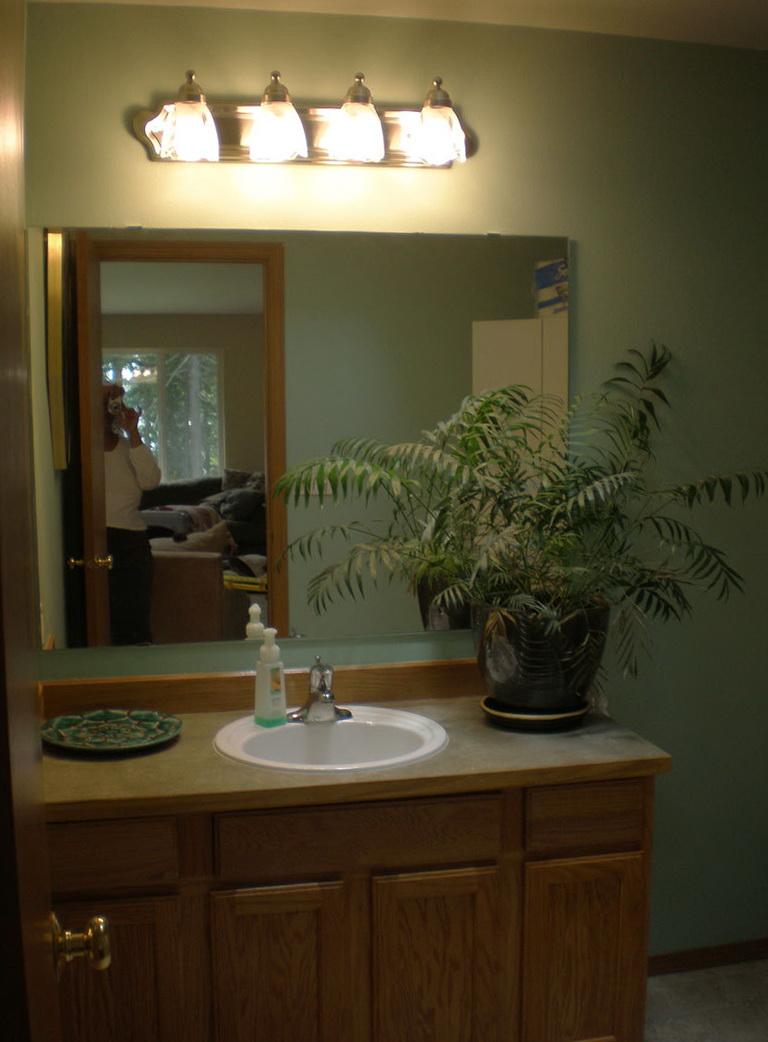 Bathroom Lighting Fixtures Ideas