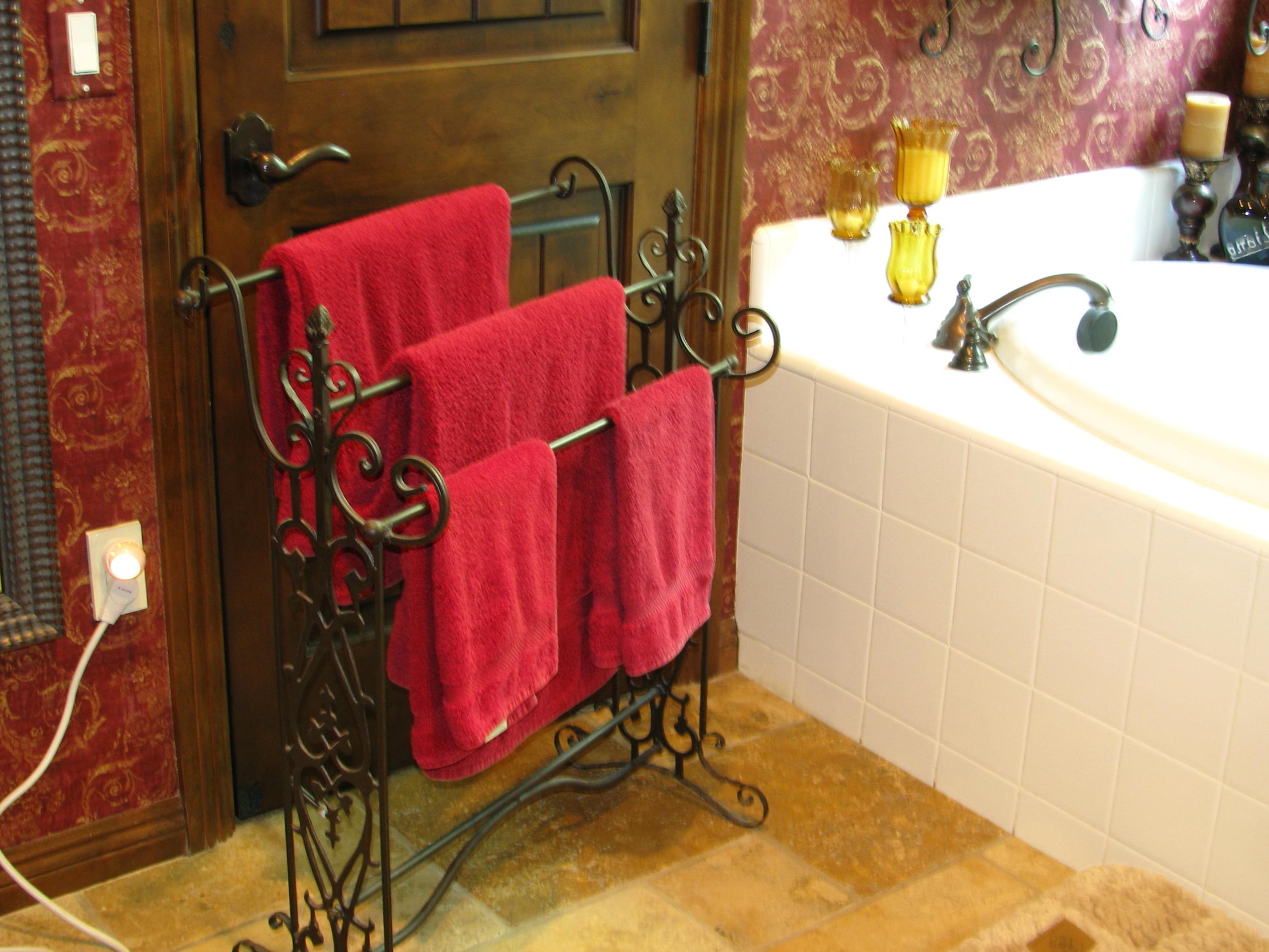 Bathroom Towel Bars Ideas
