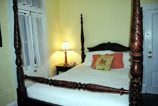 Bed And Breakfast Key West Wedding
