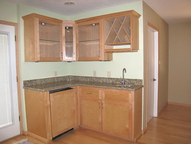 Built In Wet Bar Cabinets With Sink