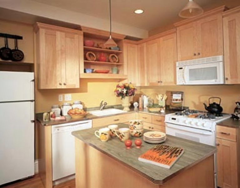 Custom Kitchen Islands For Small Kitchens