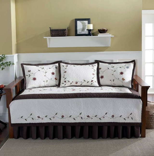 Daybed Bedding Sets Sale