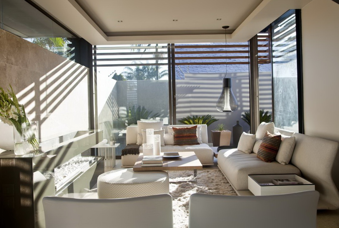 Decorating Ideas For Living Room Windows