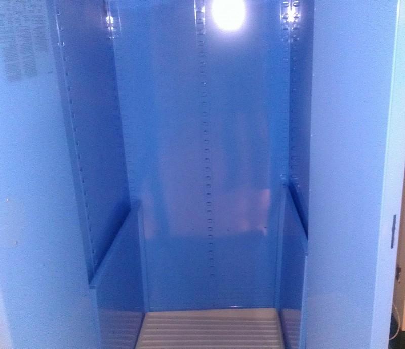 Flammable Storage Cabinet Self Closing Doors