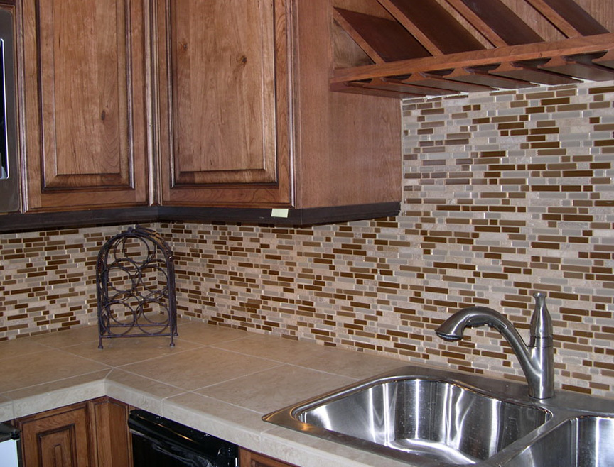Glass Tile Kitchen Backsplash Pictures