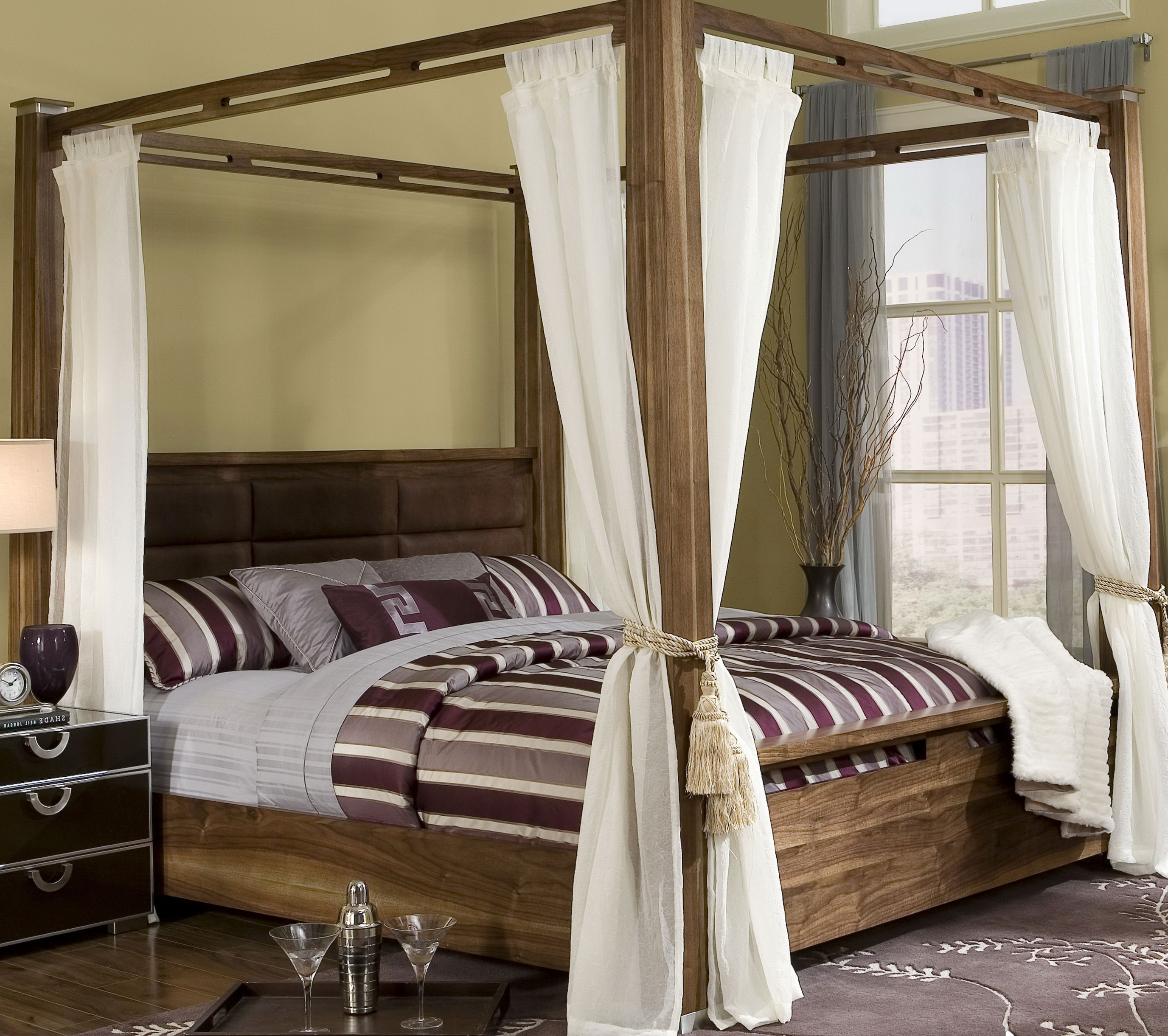 King Size Canopy Bed With Storage