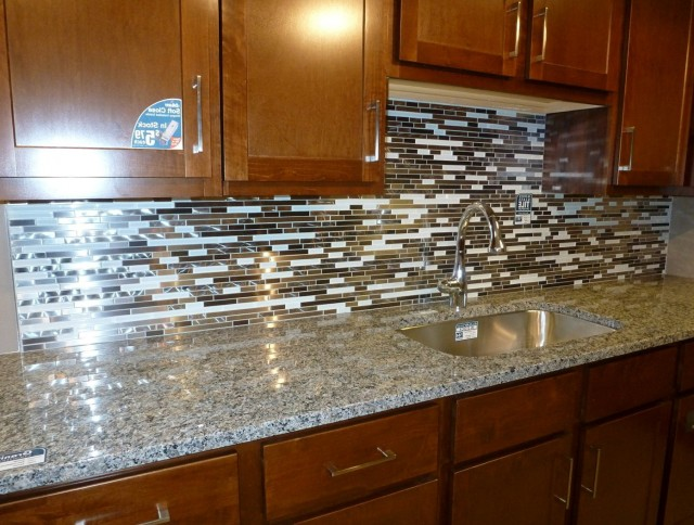 Kitchen Backsplash Tiles Glass