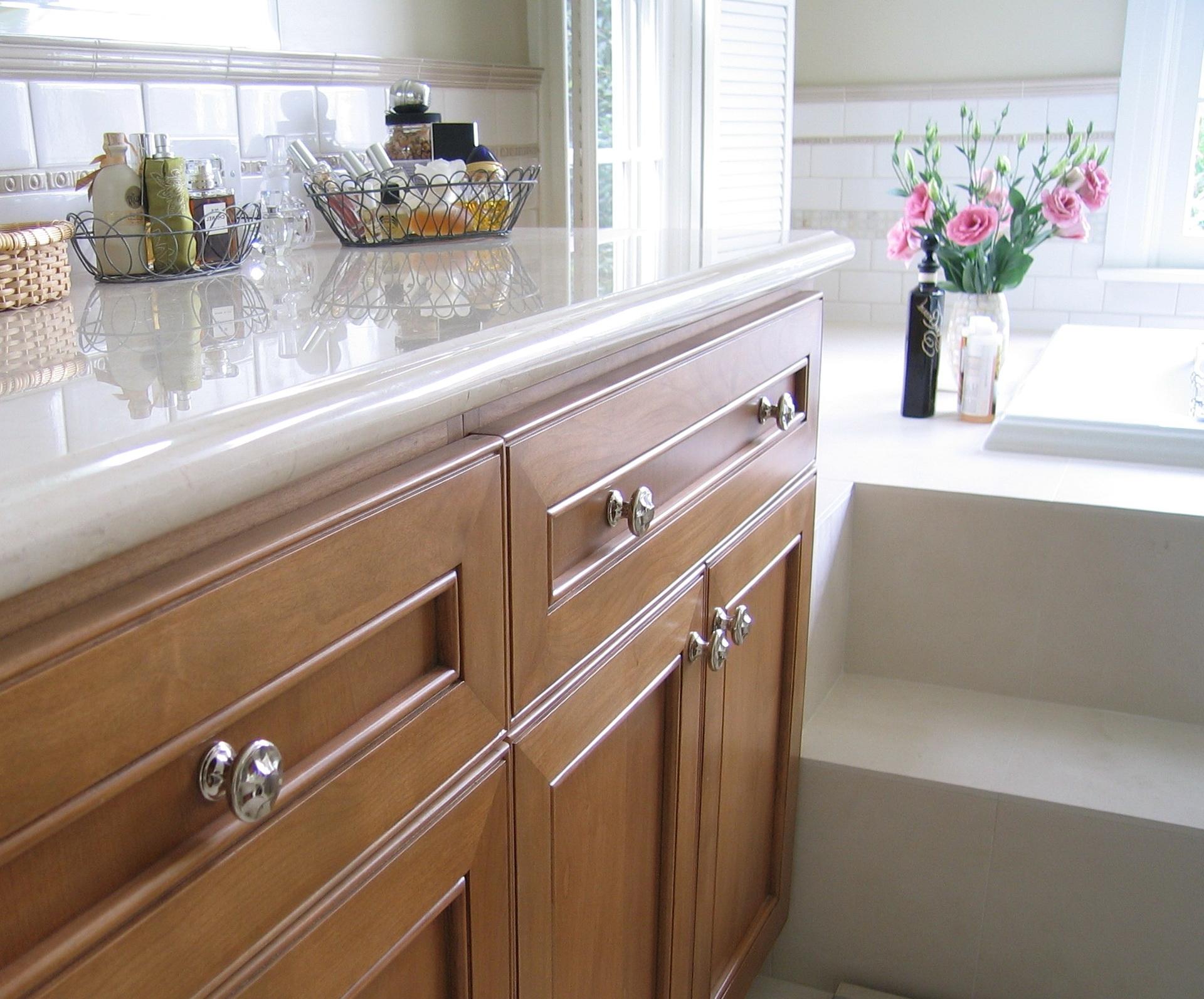 Kitchen Cabinet Handles Ideas